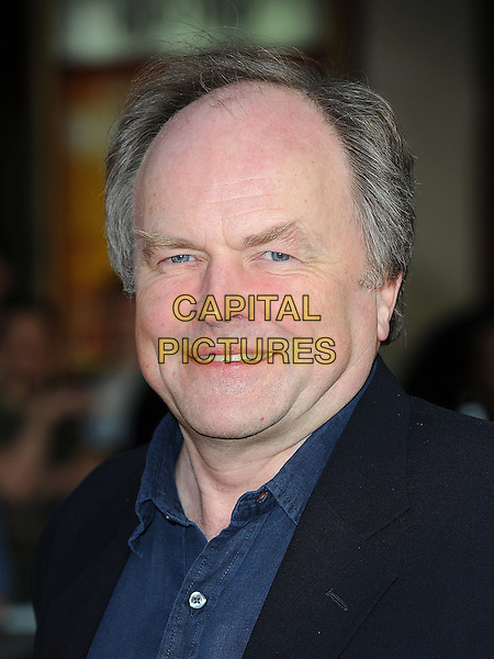 """CLIVE ANDERSON.The World Premiere of """"The Infidel"""", Hammersmith Apollo, London, England..8th April 2010.headshot portrait blue black.CAP/BEL.©Tom Belcher/Capital Pictures."""