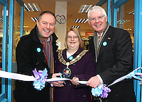 Bedfordshire - Prime Minister opens Keech Hospice Charity Shop in Sandy, Bedfordshire. .Actor Robert Daws, currently playing Jim Hacker in the West End production of  'Yes Prime Minister' interrupted his affairs of the state to formally open the new Keech Hospice flagship store in Sandy, Bedfordshire. Accompanied by the town's lady Mayor and Keech CEO Mike Keel.- January 18th 2012..Photo by Keith Mayhew.