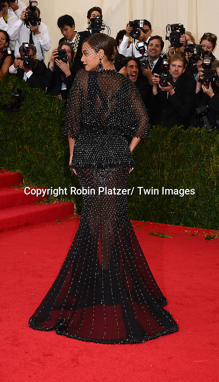 Beyonce Knowles attend the Costume Institute Benefit on May 5, 2014 at the Metropolitan Museum of Art in New York City, NY, USA. The gala celebrated the opening of Charles James: Beyond Fashion and the new Anna Wintour Costume Center.