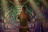 Dub FX Live @ SO36<br /> 19.7.2014, Berlin<br /> Copyright: Christian-Ditsch.de<br /> [Inhaltsveraendernde Manipulation des Fotos nur nach ausdruecklicher Genehmigung des Fotografen. Vereinbarungen ueber Abtretung von Persoenlichkeitsrechten/Model Release der abgebildeten Person/Personen liegen nicht vor. NO MODEL RELEASE! Don't publish without copyright Christian-Ditsch.de, Veroeffentlichung nur mit Fotografennennung, sowie gegen Honorar, MwSt. und Beleg. Konto: I N G - D i B a, IBAN DE58500105175400192269, BIC INGDDEFFXXX, Kontakt: post@christian-ditsch.de<br /> Urhebervermerk wird gemaess Paragraph 13 UHG verlangt.]