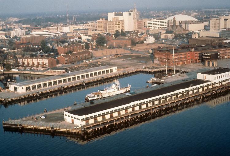 1984 February ..Redevelopment.Downtown West (A-1-6)..PIER B AERIAL.FREEMASON HARBOR...NEG#.NRHA#..
