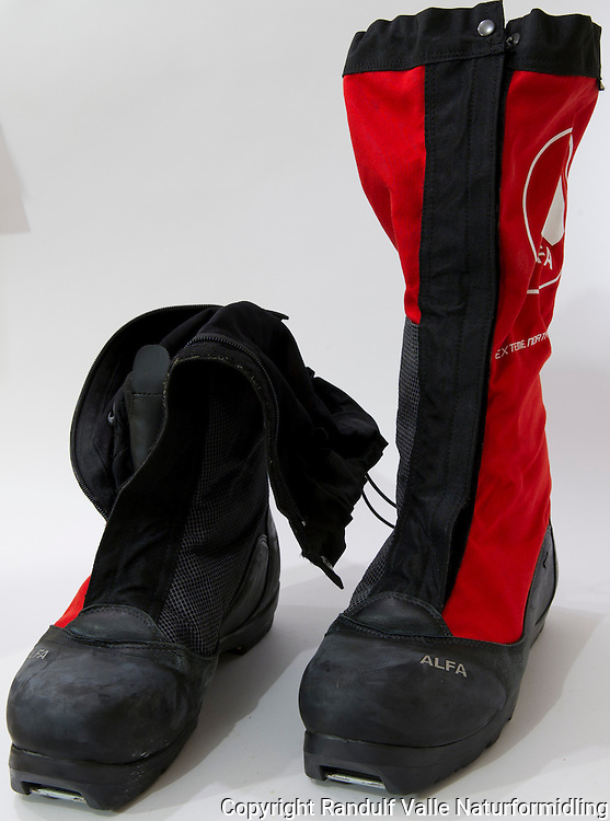 Alfa skisko for kalde forhold. ----- Alfa skiing boots for cold conditions.