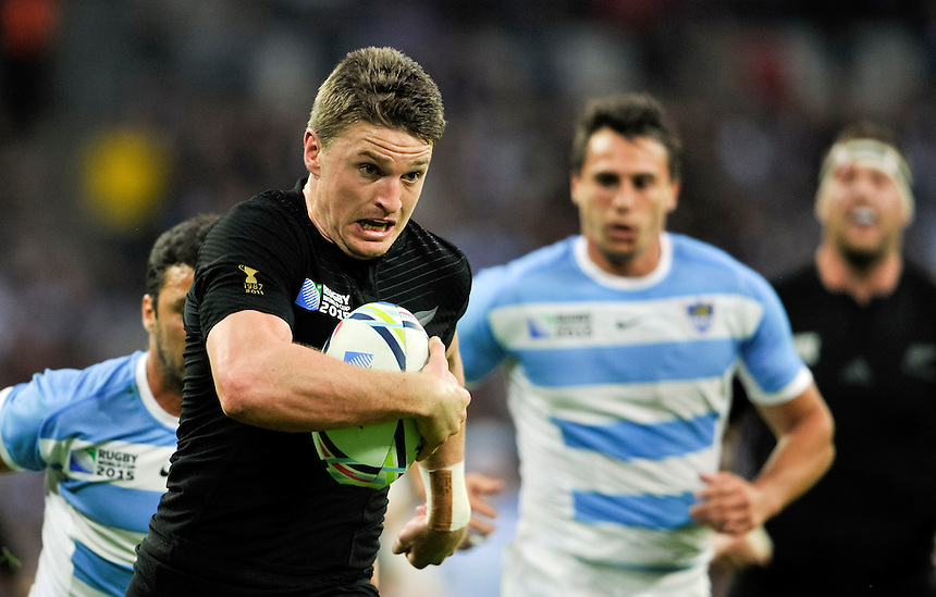 New Zealand's Ben Smith in action during todays match<br /> <br /> Photographer Ashley Western/CameraSport<br /> <br /> Rugby Union - 2015 Rugby World Cup - New Zealand v Argentina - Sunday 20th September 2015 - Wembley Stadium - London <br /> <br /> &copy; CameraSport - 43 Linden Ave. Countesthorpe. Leicester. England. LE8 5PG - Tel: +44 (0) 116 277 4147 - admin@camerasport.com - www.camerasport.com