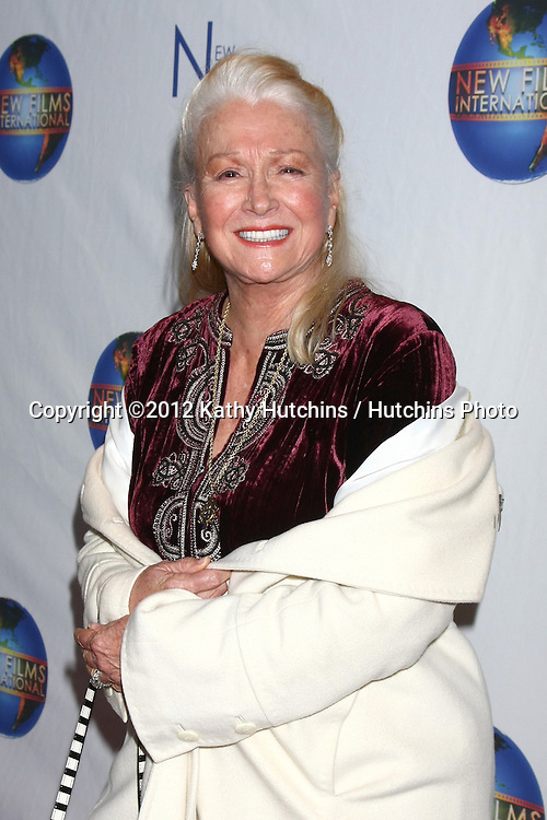 LOS ANGELES - DEC 13:  Diane Ladd arrives to the 'Saving Grace B. Jones' Premiere at ICM Screening Room on December 13, 2012 in Century CIty, CA