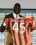 010213 Balotelli signs for AC Milan