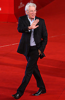 L'attore statunitense Richard Gere posa sul red carpet del Festival Internazionale del Film di Roma, 3 novembre 2011..U.S. actor Richard Gere poses on the red carpet at the international Rome Film Festival at Rome's Auditorium, 3 november 2011..UPDATE IMAGES PRESS/Riccardo De Luca