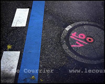 Genève, le 04.10.2005.Marquage des rues de la ville de Genève..© J.-P. Di Silvestro / Le Courrier.