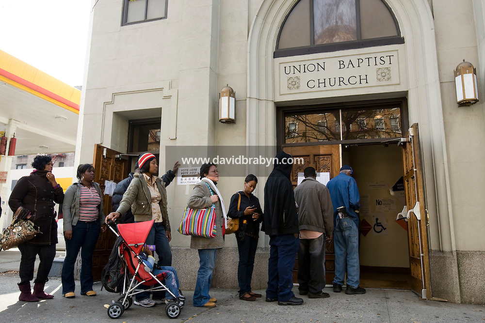 Voters line up to vote in the 2008 US general election at the Union Baptist Church on 145th street in Harlem, New York, NY, United States, 4 November 2008.