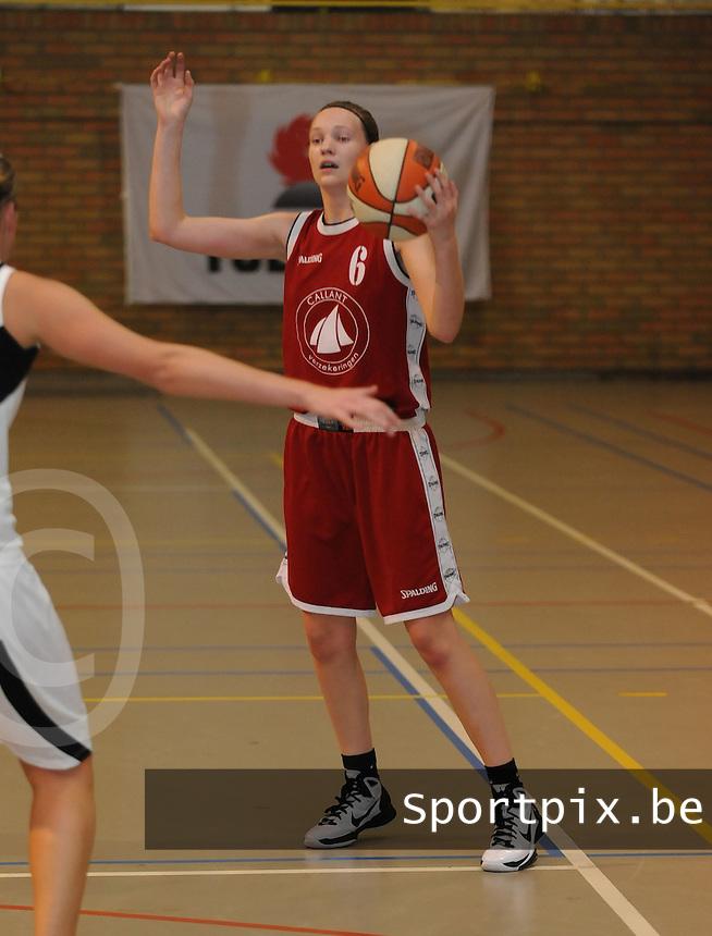 Dames Basket Brugge : Thea Debbaut.foto VDB / BART VANDENBROUCKE