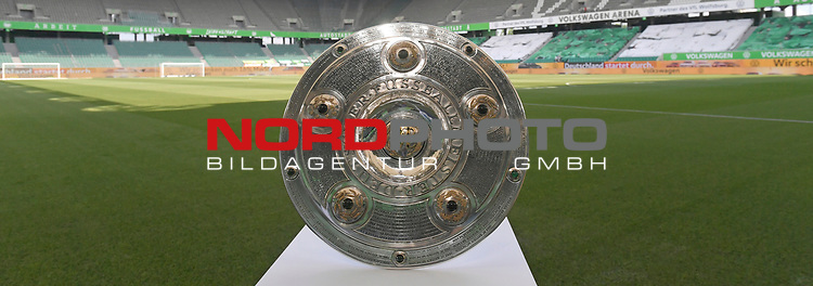 27.06.2020, Fussball: nph00001 1. Bundesliga 2019/2020, 34. Spieltag, VfL Wolfsburg - FC Bayern Muenchen, in der Volkswagen-Arena Wolfsburg. Meisterschale Feature<br />