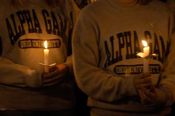 16385Candlelight Vigil for students who died in Columbus fire : photos Johnny Hanson