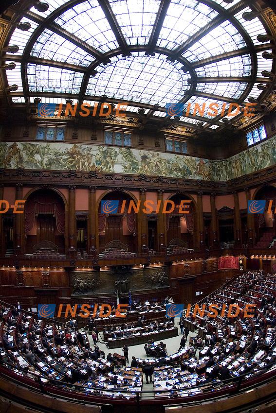 PROSEGUIMENTO ALLA CAMERA DEI DEPUTATI DELL ESAME DELLA RIFORMA COSTITUZIONALE IN TEMA DI INIZIATIVA ECONOMICA..NELLA FOTOUNA PANORAMICA DELL AULA..ROMA 19 OTTOBRE  2011..PHOTO  SERENA CREMASCHI INSIDEFOTO..............................