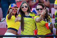 SANTIAGO DE CHILE- CHILE-12-11-2015: Hinchas de Colombia, animan a su equipo durante partido de la fecha 3 válido por la clasificación a la Copa Mundo FIFA 2018 Rusia jugado en el Estadio Nacional Julio Martinez de la ciudad de Santiago de Chile. /  Fans of Colombia cheer for their team,  during match for the date 3 valid for the 2018 FIFA World Cup Russia Qualifier played at Julio Martinez Nacional Stadium in Santiago de Chile city. Photo: VizzorImage / Marcelo Hernandez/Photosport / Cont.