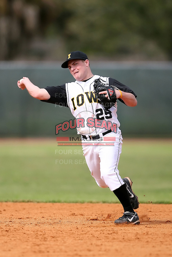 February 22, 2009:  Second baseman Zach McCool (25) of the University of Iowa during the Big East-Big Ten Challenge at Naimoli Complex in St. Petersburg, FL.  Photo by:  Mike Janes/Four Seam Images