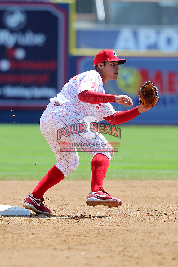Reading Phillies second baseman Fidel Hernandez #14 in the field during a game against the New Hampshire Fisher Cats at FirstEnergy Stadium on May 5, 2011 in Reading, Pennsylvania.  New Hampshire defeated Reading by the score of 10-5.  Photo By Mike Janes/Four Seam Images