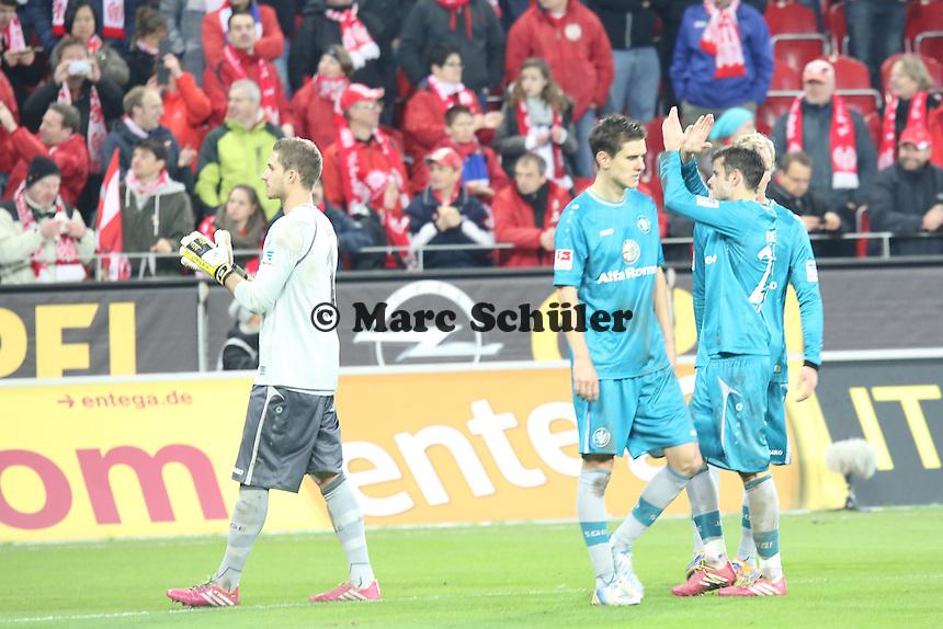 Eintracht bedankt sich bei den FAns- 1. FSV Mainz 05 vs. Eintracht Frankfurt, Coface Arena, 12. Spieltag