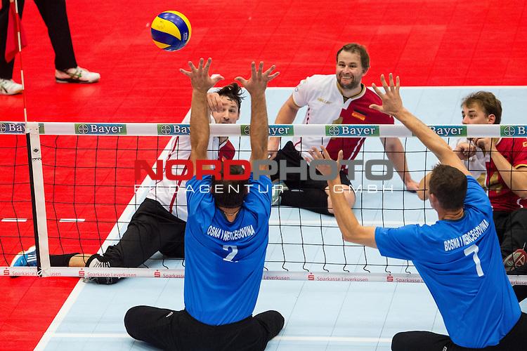 07.10.2015, Sportschule der Bundeswehr, Warendorf<br /> Sitzvolleyball, Europameisterschaft, Finale, Deutschland vs. Bosnien-Herzegowina<br /> <br /> Angriff Heiko Wiesenthal (#7 GER) - Block / Doppelblock Adnan Manko (#2 BIH), Nizam Cancar (#7 BIH)<br /> <br />   Foto &copy; nordphoto / Kurth