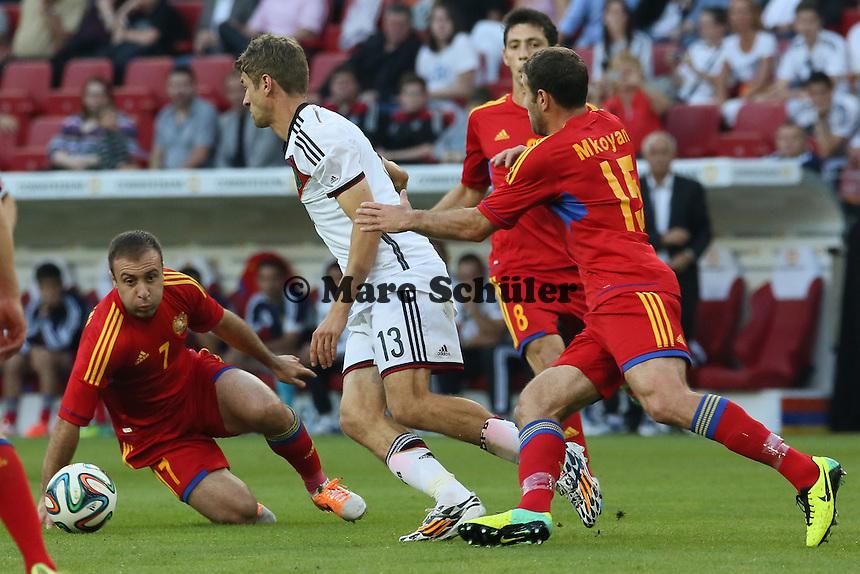 Thomas Müller (D) setzt sich durch - Deutschland vs. Armenien in Mainz