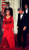 United States President Bill Clinton and first lady Hillary Rodham Clinton prepare for the arrival of President and Mrs. Andres Pastrana of Columbia for the State Dinner on the North Portico of the White House in Washington, D.C. on October 28, 1998..Credit: Ron Sachs / CNP