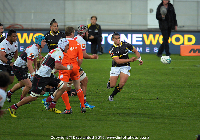 Tomasi Palu passes during the Mitre 10 Cup rugby union match between Wellington Lions and North Harbour at Westpac Stadium, Wellington, New Zealand on Saturday, 3 September 2016. Photo: Dave Lintott / lintottphoto.co.nz