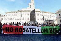 No Rosatellum, sostenitori M5S in Piazza Montecitorio