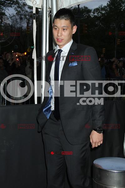Jeremy Lin en la noche de gala de TIME las 100 Personas M&aacute;s Influyentes del Mundo en el Jazz at Lincoln Center el 24 de abril de 2012 en Nueva York.<br /> (*Cr&eacute;dito:RW*/*MediaPunch/NottePhoto.com*)<br /> **SOLO*VENTA*EN*MEXICO**
