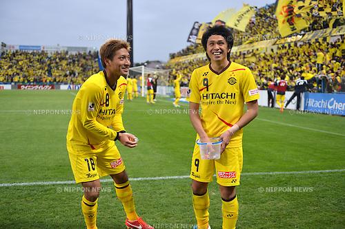 (L to R) Junya Tanaka (Reysol), Masato Kudo (Reysol),.MARCH 30, 2013 - Football / Soccer : 2013 J.League Division 1,st Sec between Kashiwa Reysol 3-1 Oita Trinita at Hitachi Kashiwa Stadium, Chiba, Japan. (Photo by Jun Tsukida/AFLO SPORT) [0003].