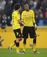 FUSSBALL   1. BUNDESLIGA   SAISON 2011/2012    15. SPIELTAG Borussia Moenchengladbach - Borussia Dortmund        03.12.2011 Enttaeuschte Dortmunder nach dem Abpfiff: Mats HUMMELS (li) und Felipe SANTAN (re)