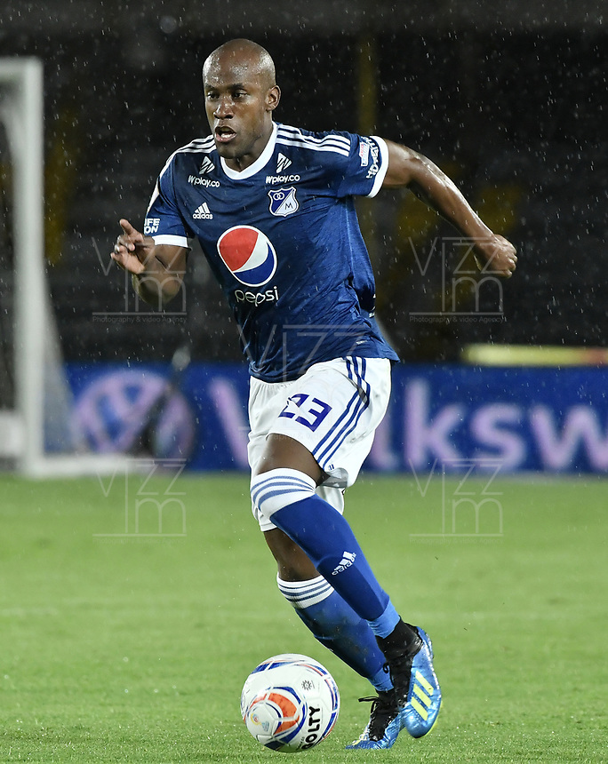 BOGOTA - COLOMBIA, 04-08-2018: Felipe Banguero Millan jugador de Millonarios en acción durante el encuentro entre Millonarios y Deportivo Independiente Medellin por la fecha 3 de la Liga Águila II 2018 jugado en el estadio Nemesio Camacho El Campin de la ciudad de Bogotá. / Felipe Banguero Millan player of Millonarios in action during the match between Millonarios and Deportivo Independiente Medellin for the date 3 of the Liga Aguila II 2018 played at the Nemesio Camacho El Campin Stadium in Bogota city. Photo: VizzorImage / Gabriel Aponte / Staff.