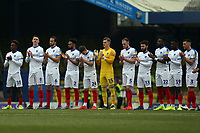 Portsmouth players observe a minutes applause for Gordon Banks before Southend United vs Portsmouth, Sky Bet EFL League 1 Football at Roots Hall on 16th February 2019