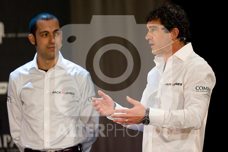 MADRID (05/04/2010).- Presentation of Team Jack&Jones by Antonio Banderas Racing at Teatro Compac Gran Via. Pictured Antonio Banderas and Dani Devahive...Photo: Cesar Cebolla / ALFAQUI.