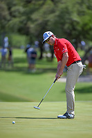 Zach Johnson (USA) watches his putt on 8 during Round 1 of the Valero Texas Open, AT&amp;T Oaks Course, TPC San Antonio, San Antonio, Texas, USA. 4/19/2018.<br /> Picture: Golffile | Ken Murray<br /> <br /> <br /> All photo usage must carry mandatory copyright credit (&copy; Golffile | Ken Murray)
