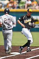 Johnny Coy (25) April 10th, 2010; Southern Illinois vs Wichita State University at Eck Stadium in Wichita, Ks. Photo by: William Purnell/Four Seam Images