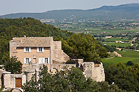 Europe/France/Provence-Alpes-Côte d'Azur/84/Vaucluse/Lubéron/Ménerbes: Le Castelet, petit château construit sur les ruines d'une ancienne forteresse.