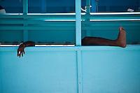 A Dohni driver takes a break, Maldives (Saturday, June 13th, 2009). Photo: joliphotos.com