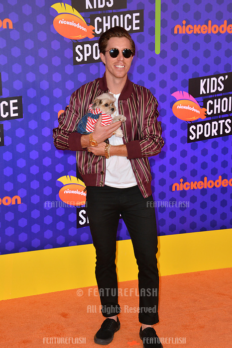 Shaun White &amp; Leroy at the Nickelodeon Kids' Choice Sports Awards 2018 at Barker Hangar, Santa Monica, USA 19 July 2018<br /> Picture: Paul Smith/Featureflash/SilverHub 0208 004 5359 sales@silverhubmedia.com