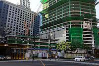 PHILIPPINES, Manila, Bonifacio Global City, Taguig City, callcenter BPO of JP Morgan Chase and Deutsche Bank / PHILIPPINEN, Manila, Bonifacio Global City, Taguig City, callcenter und BPO Business Process Outsourcing von JP Morgan Chase und der Deutschen Bank