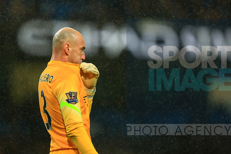Willy Caballero of Manchester City - Manchester City vs. Sunderland - Barclay's Premier League - Etihad Stadium - Manchester - 28/12/2014 Pic Philip Oldham/Sportimage