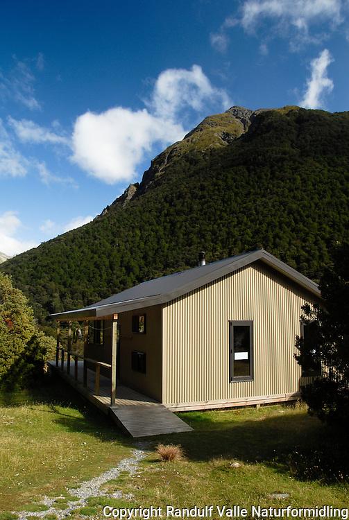 Greenstone Hut, Grenstone Track, New Zealand.
