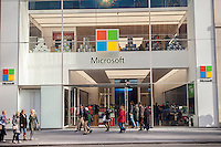 Crowds of shoppers pass the Microsoft store on Fifth Avenue in Midtown Manhattan in New York on Sunday, November 27, 2016. The National Retail Federation reported that 43.8% of consumers shopped online during the four-day weekend.  (© Richard B. Levine)