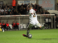 Pictured: Mark Gower of Swansea scoring the opening goal. Tuesday 12 April 2011<br />