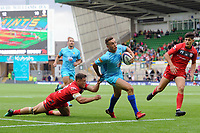 Luke Scully of Worcester Warriors scores a try. Premiership Rugby 7s (Day 2) on July 28, 2018 at Franklin's Gardens in Northampton, England. Photo by: Patrick Khachfe / Onside Images