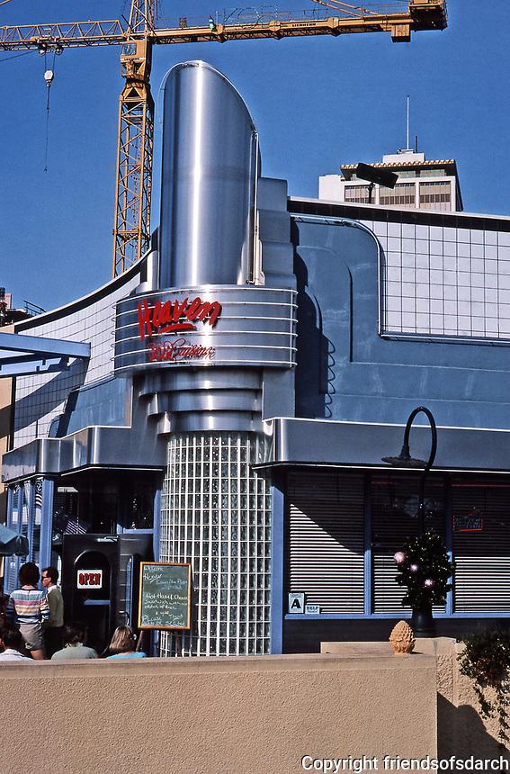 Horton Plaza, San Diego.Opened in 1985. Architect Jon Jerde. Heaven Pop Cuisine restaurant. Photo Jan. 1987.
