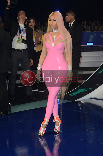 Nicki Minaj<br /> at the 2017 MTV Video Music Awards, The Forum, Inglewood, CA 08-27-17<br /> David Edwards/DailyCeleb.com 818-249-4998