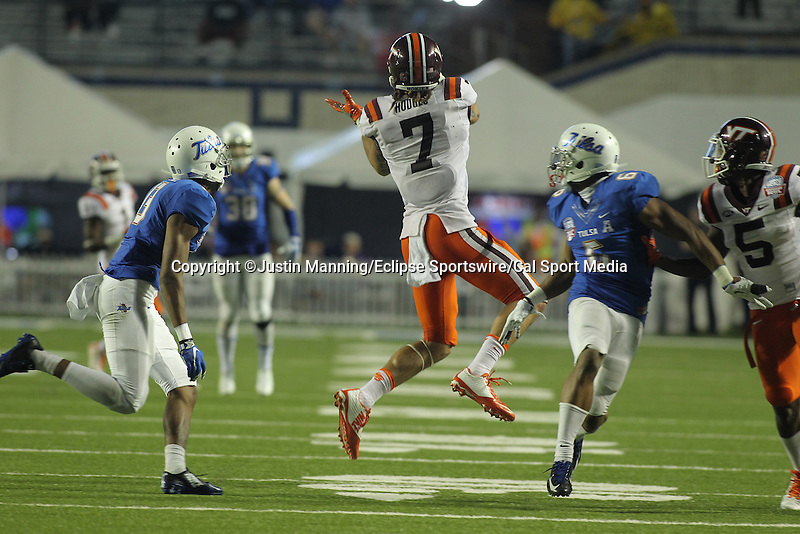 December 26, 2015: Virginia Tech TE Bucky Hodges during the 2nd half of the Camping World Independence Bowl at Independence Stadium in Shreveport, LA. Justin Manning/ESW/CSM