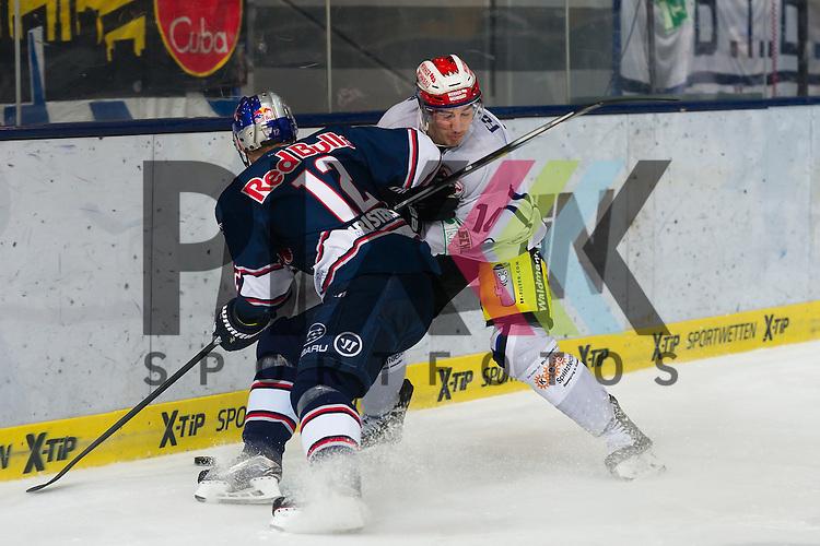 Eishockey, DEL, EHC Red Bull M&uuml;nchen - Schwenninger Wild Wings <br /> <br /> Im Bild Mads CHRISTENSEN (EHC Red Bull M&uuml;nchen, 12), Simon DANNER (Schwenninger Wild Wings, 14) <br /> <br /> Foto &copy; PIX-Sportfotos *** Foto ist honorarpflichtig! *** Auf Anfrage in hoeherer Qualitaet/Aufloesung. Belegexemplar erbeten. Veroeffentlichung ausschliesslich fuer journalistisch-publizistische Zwecke. For editorial use only.