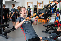 20170608 – TUBIZE , BELGIUM : illustration picture shows a part of the red flames team with Nicky Van De Abbeele during a fitness and physical session at the fitnessroom of the Belgian national women's soccer team Red Flames trainingscamp to prepare for the Women's Euro 2017 in the Netherlands, on Thursday 8 June 2017 in Tubize.  PHOTO SPORTPIX.BE | DAVID CATRY