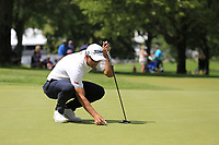 Adam Scott (AUS) lines up his ball on the 10th green during Saturday's Round 3 of the WGC Bridgestone Invitational 2017 held at Firestone Country Club, Akron, USA. 5th August 2017.<br /> Picture: Eoin Clarke | Golffile<br /> <br /> <br /> All photos usage must carry mandatory copyright credit (&copy; Golffile | Eoin Clarke)