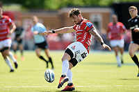 Danny Cipriani of Gloucester Rugby puts boot to ball. Gallagher Premiership Semi Final, between Saracens and Gloucester Rugby on May 25, 2019 at Allianz Park in London, England. Photo by: Patrick Khachfe / JMP