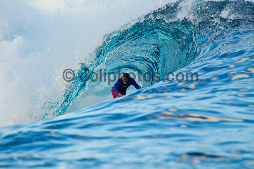 Teahupoo, Tahiti Iti, French Polynesia. Thursday August 17 2011. Damien Hobgood (USA).  A south  west swell was hitting the main reef today with clean open barrels in the six foot range. Photo: joliphotos.com